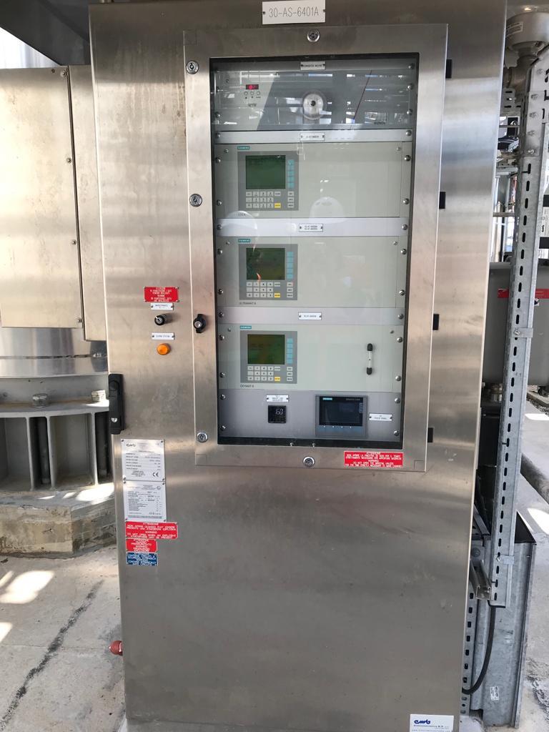 armadio con analizzatori - progettazione e maintenance-min